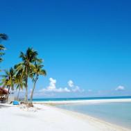 Kota Beach and its sandbar connecting the beach front